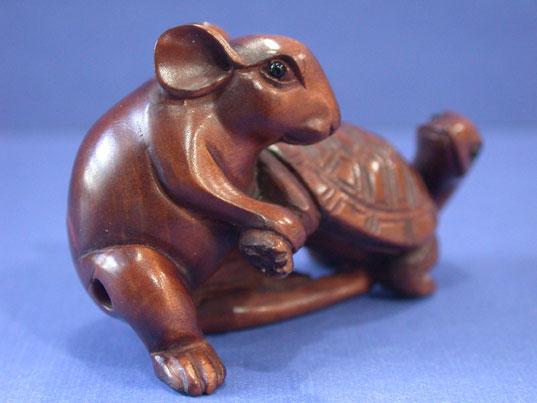 Handwork boxwood netsuke wood carving mouse draw turtle ebay